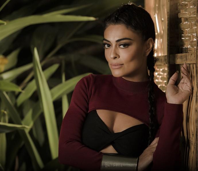 Juliana Paes posa para as lentes do Gshow para comemorar sucesso de sua personagem em 'Totalmente Demais' (Foto: Raphael Dias/Gshow)