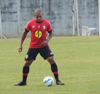 Luís Felipe Joinville lateral (Foto: João Lucas Cardoso)