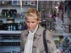Após cirurgia da mãe, Xuxa passeia em Buenos Aires