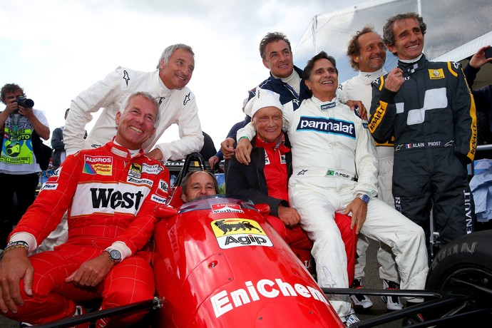 """""""Desfile de Lendas"""": Piquet, Lauda e Prost guiam carros clássicos na Áustria"""