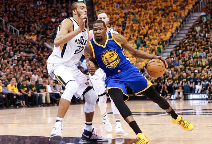 Rudy Gobert e Kevin Durant, Utah Jazz x Golden State Warriors (Foto: Reuters)