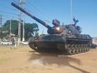 Exército decide retirar tanque de praça de Porto Alegre por depredação