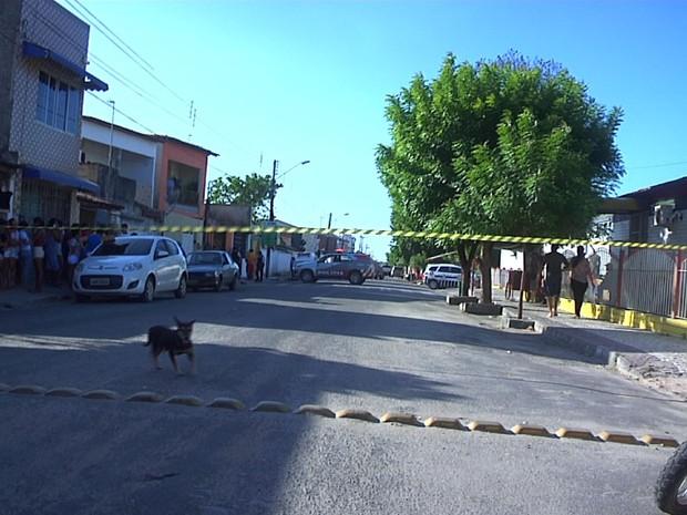 Três homens morrem durante troca de tiro com policiais em Pacajus, na Grande Fortaleza (Foto: TV Verdes Mares/Reprodução)