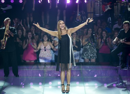 Ivete Sangalo anima o 'The Voice Kids' e faz todo mundo dançar com hit de Carnaval