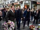 Arnold Schwarzenegger visita casa de shows Bataclan em Paris