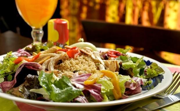 Salada Tunisiana - Mercearia do Conde e Condessa (Foto: Divulgao)