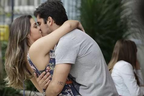 André (Bruno Gissoni) e Bárbara (Polliana Aleixo) (Foto: Divulgação/TV Globo)