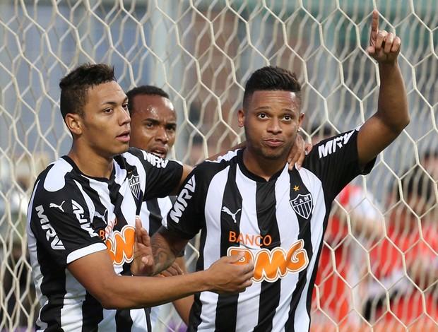 André comemora, Atlético-MG x Cruzeiro (Foto: Cristiane Mattos/Agência Estado)
