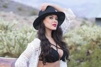 """Camila entrega assédio de famosos: """"Às vezes não resisto"""" (Evelyn Rodrigues)"""