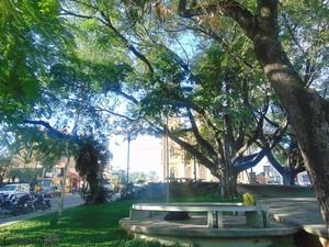 Praça Sant'Ana, Centro de Barroso, MG (Foto: Leonardo Jonas/Grupo Olhares de Barroso)