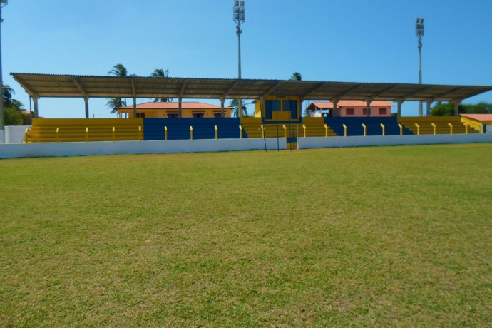 estádio Duduzão em Luís Correia (Foto: Roderico Popeu)