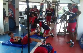Elenco do Bahia se reapresenta e faz treino físico na academia do Fazendão