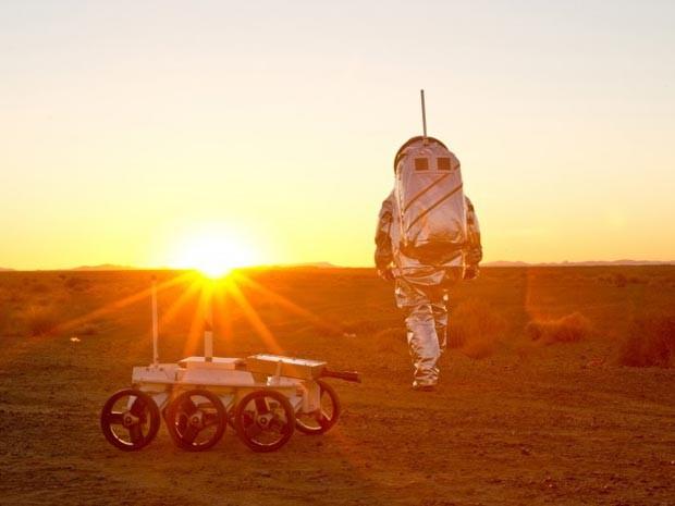 Pesquisadores simulam viagem a Marte no deserto de Marrocos (Foto: OEWF/Katja Zanella-Kux)