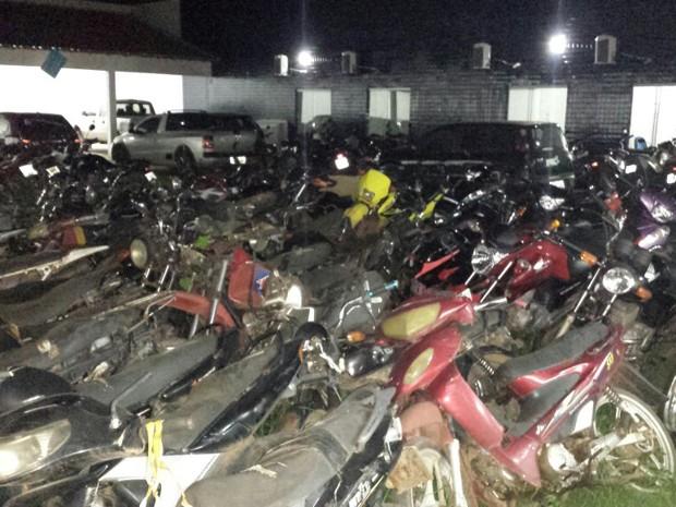 Noventa e seis motocicletas foram apreendidas nas últimas duas semanas em Balsas (Foto: Detran-MA)