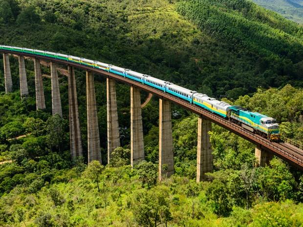 Trem Vitória-Minas foi reestruturado e ganhou vagões novos (Foto: Divulgação/Vale)