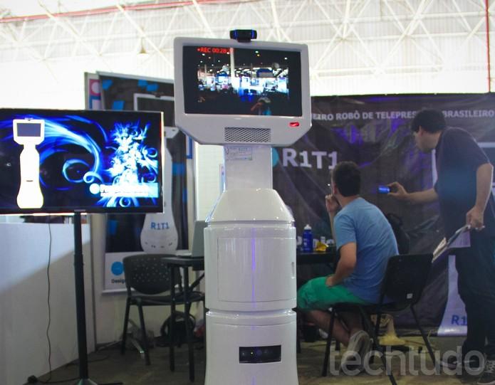 R1T1 - o robô de telepresença
