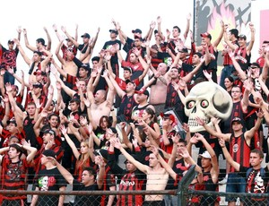 Torcida do Atlético-PR no Estádio Germano Krüger (Foto: Site oficial do Atlético-PR)