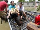 Inundações na Louisiana e incêndios na Califórnia abalam os EUA