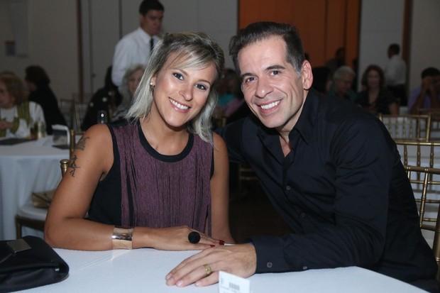 Leandro Hassum e a mulher, Karina Gomes (Foto: Daniel Pinheiro/AgNews)