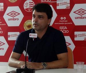 Paulo Henrique Guerra náutico (Foto: Maurício Penedo)