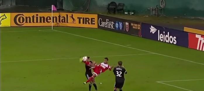 BLOG: Golaço de voleio não evita eliminação de atual vice-campeão na MLS; assista