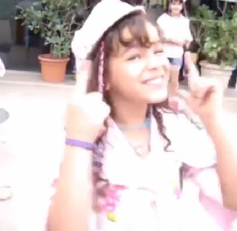 Bruna Marquezine em vídeo de 2004 postado por Xuxa em rede social (Foto: Facebook/Reprodução)