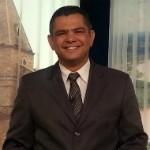 Cácio Xavier é gerente de jornalismo na Inter TV MG (Foto: Nicole Melhado / Inter TV MG)