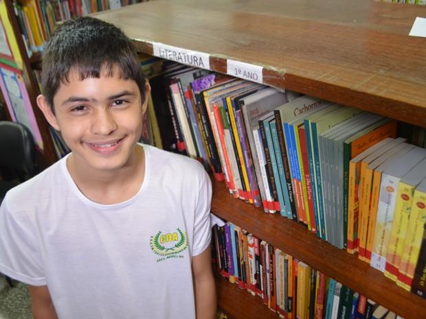 """""""O conhecimento ninguém pode tirar de você"""", afirma o jovem estudante (Foto: Pâmela Fernandes/G1)"""