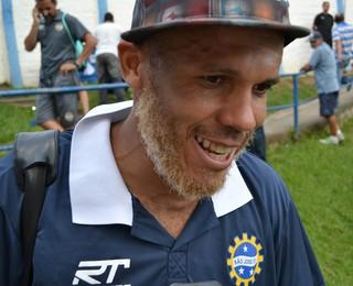 Christiano meia São José (Foto: Filipe Rodrigues)