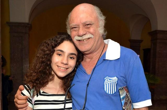 Nina Sofia e o pai, Tonico Pereira (Foto: Cristina Granato)