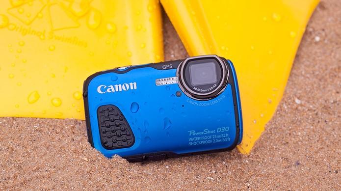 Canon PowerShot D30 é uma câmra digital compacta e à prova dágua (Foto   Divulgação 4358d90074
