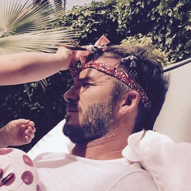 Beckham ganha enfeite da filha Harper