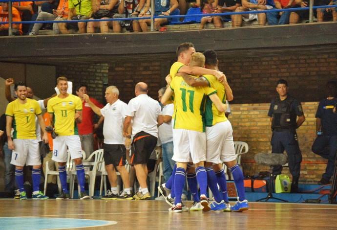 Brasil Paraguai Eliminatórias Mundial de Futsal (Foto  Luis Domingues CBFS) fcf8694acfb3a