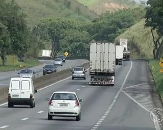 Motoristas se recusam a fazer o teste do bafômetro (Foto: RJTV 2ª Edição)