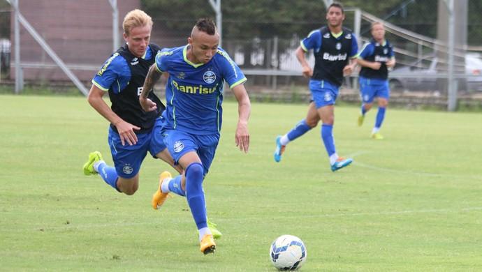 Everton Grêmio treino (Foto: Eduardo Deconto/GloboEsporte.com)