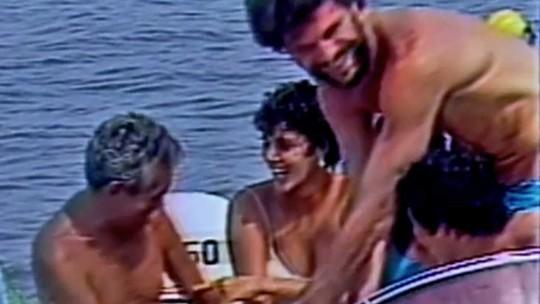 Pedro Bial aparece com Chico Anysio em imagens raras de 1984