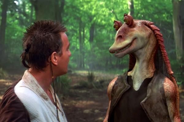 Obi Wan Kenobi e Jar Jar Binks em cena de 'Star Wars: Episódio I - A Ameaça Fantasma' (Foto: Divulgação)