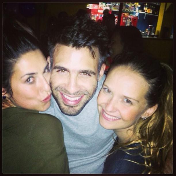 Fernanda Paes Leme, Raoni Carneiro e Fernanda Rodrigues (Foto: Reprodução/Instagram)