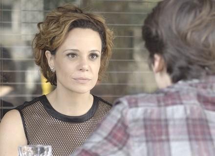 Ana pede para Rodrigo perdoar Ciça