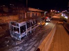 Ônibus é queimado em Betim, na Região Metropolitana de BH