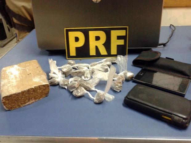 Droga PRF Fervedouro, MG (Foto: PRF Leopoldina/Divulgação)