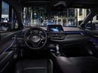 Toyota C-HR tem fotos do interior reveladas para briga com Honda HR-V
