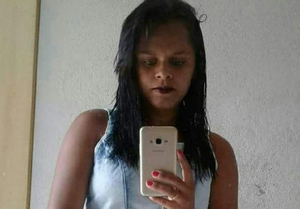 Lidiane Oliveira da Silva, 22 anos, foi morta a tiros pelo ex-companheiro em João Dias, RN (Foto: Divulgação/ Polícia Civil)