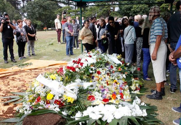 Enterro Cauby Peixoto (Foto: Celso Tavares / Ego)