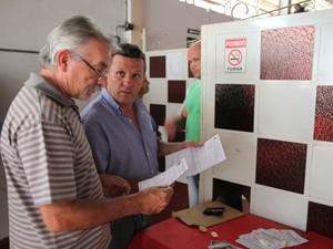 Prefeitura de Santa Bárbara fiscaliza bares e clubes (Foto: Prefeitura/Divulgação)