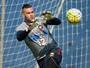 Com Weverton de volta, Atlético-PR tem força máxima para pegar o Sport