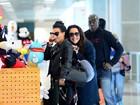 Ana Carolina e Letícia Lima embarcam juntas em aeroporto do Rio