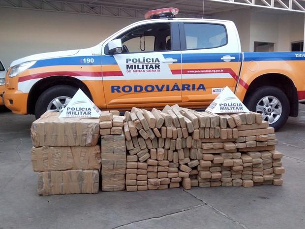 Maconha (Foto: Polícia Militar Rodoviária/Divulgação)