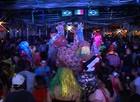 Bonecos gigantes animam carnaval de Campo Belo, MG (reprodução/ TV Integração)