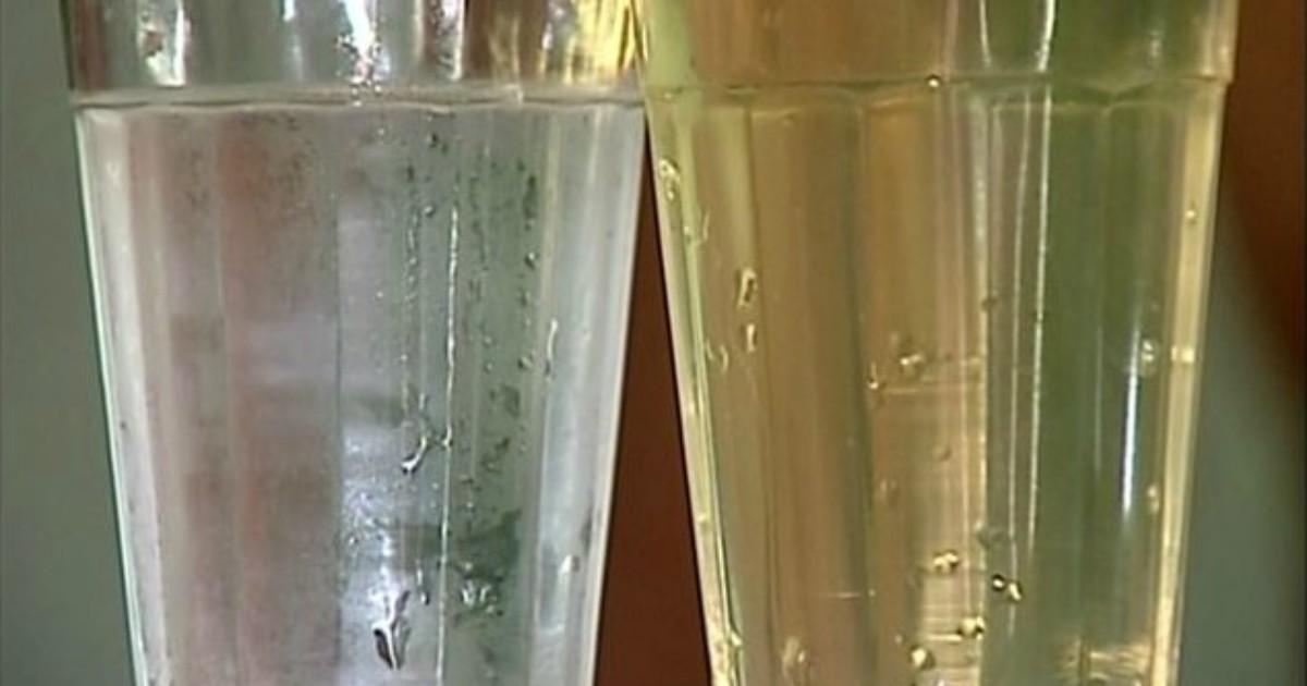 Moradores recebem água amarelada em comunidade no interior do ... - Globo.com